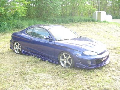 bodykit for hyundai coupe 1997 1999 avb sports car. Black Bedroom Furniture Sets. Home Design Ideas